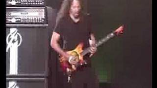 Metallica - Creeping Death (Live Zaragoza 04)