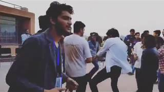 Shahmeer Abbas Official Dancing in University | Shahmeer abbas shah pranks
