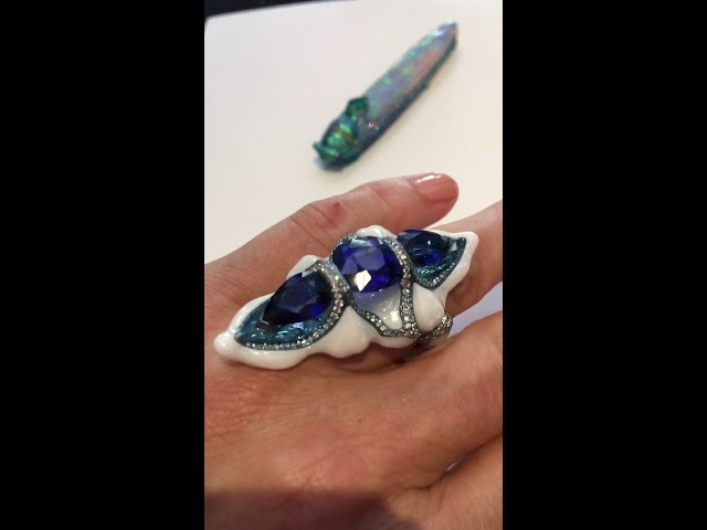 Wallace Chan New Generation porcelain ring