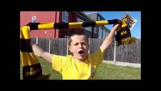 East Thurrock United V Hampton & Richmond Borough (Mascot Time)