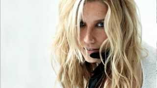 Kesha - Kiss N Tell (Demo)