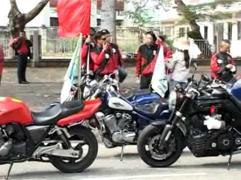 CLB MOTO QUAN 4 - DUA XE DAP CUP TH BEN TRE LAN XIII NAM 2011