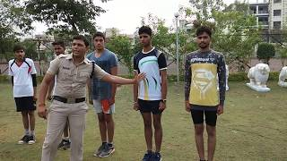 SSC GD medical मैं knock knee किस प्रकार check होता है (RPF CRPF BSF CISF state police)