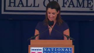 Roy Halladay's wife, Brandy, gives emotional speech at Hall of Fame induction ceremony
