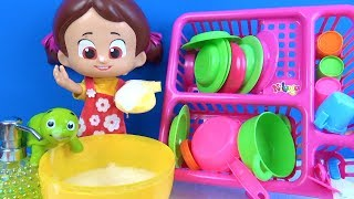 Niloya Bulaşıklık Set açıp kesilebilen oyuncaklarla kes oyna Niloyanın bulaşık makinesi bozuluyor