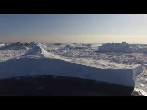 Calving iceberg, Sermermiut, Ilulissat