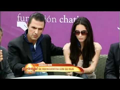Bárbara Mori se reencuentra con su hijo. HQ - YouTube