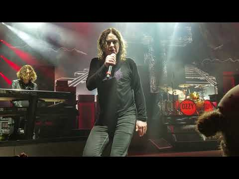 Ozzy Osbourne  Crazy Train; DTE Energy Music Theater; Clarkston MI; 9192018