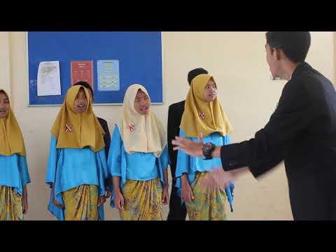 INDONESIA JAYA juara 1 paduan suara SMKN 2 BATU