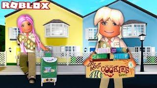SELLING GIRL SCOUT COOKIES IN BLOXBURG   Roblox Roleplay