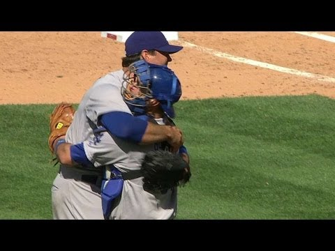 josh-beckett-strikes-out-chase-utley-to-secure-his-no-hitter-in-2014