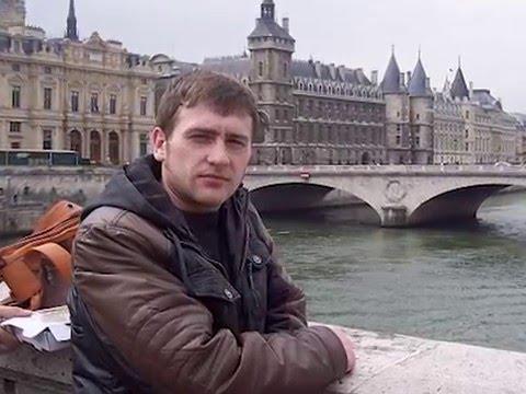 Александр Козлов-актёр,певец и художник.