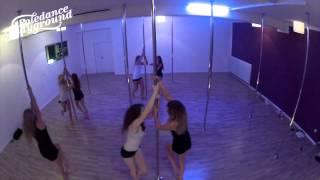 Poleflow 1 im Poledance Playground Innsbruck - Lana del Rey - This is what makes us girls