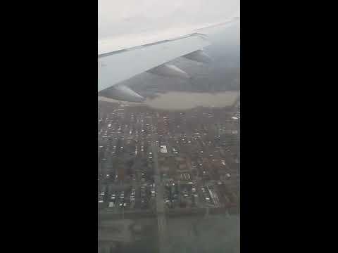 Atterrissage Airbus A330-200 à Montréal (YUL) d'air Algérie le  01/11/2017
