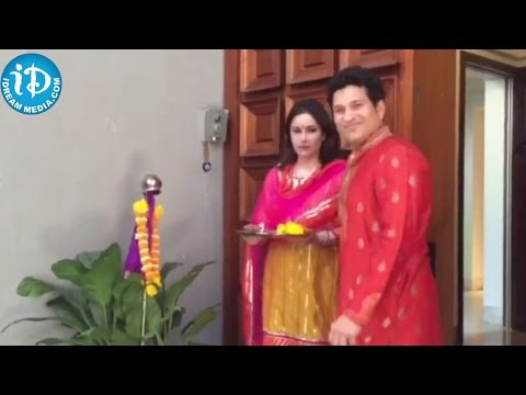 Sachin Tendulkar And Anjali  :: Gudi Padwa Celebration at Sachin Tendulkar's home