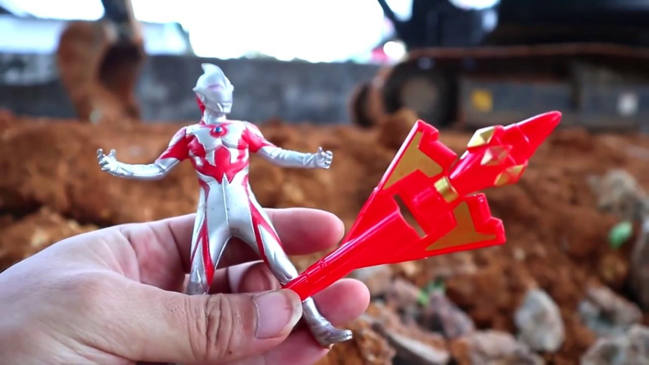 Mencari Mainan Ultraman Dan TOBOT MINI 2 | Ultraman | Ultraman Zero | Ultraman Baru 2020