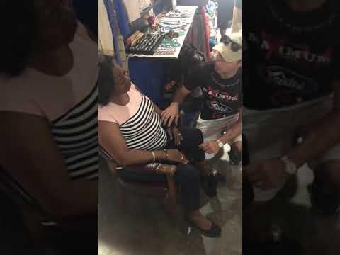 Wrist healed in street market