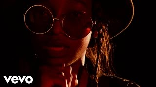 Little Simz - Dead Body (Live) - Stripped (Vevo LIFT UK)