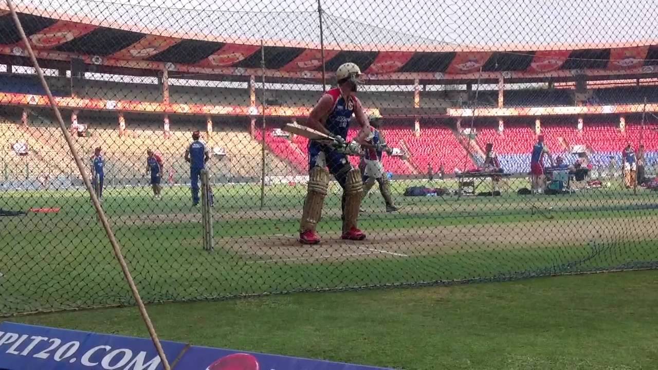 Big hitting by the RCB batsmen in the nets - YouTube