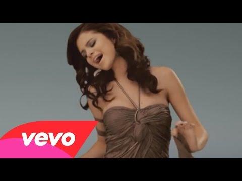 Selena Gomez - Un Año Sin Lluvia