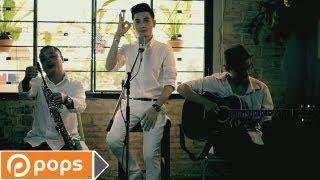 Ánh Mắt Trong Đêm (Acoustic Version) - Nukan Trần Tùng Anh [Official]