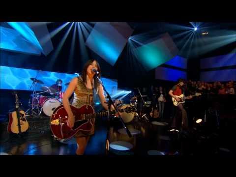 KT Tunstall - Suddenly I See (Live 2009)