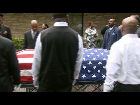 Overwhelming turnout for Walter Scott's funeral