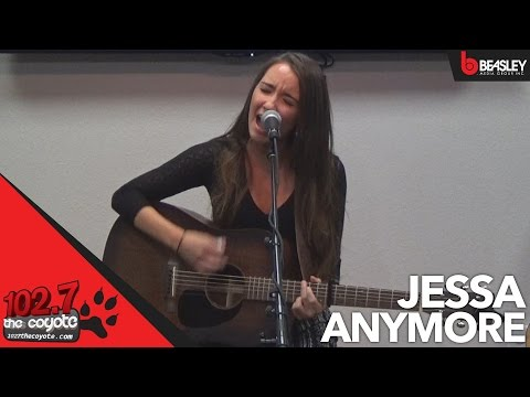 Jessa performs Anymore for 102.7 The Coyote