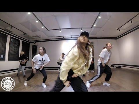 SEXY CAN I - RAY J   Juliana Choreography (Just Feel It Dance Studio)