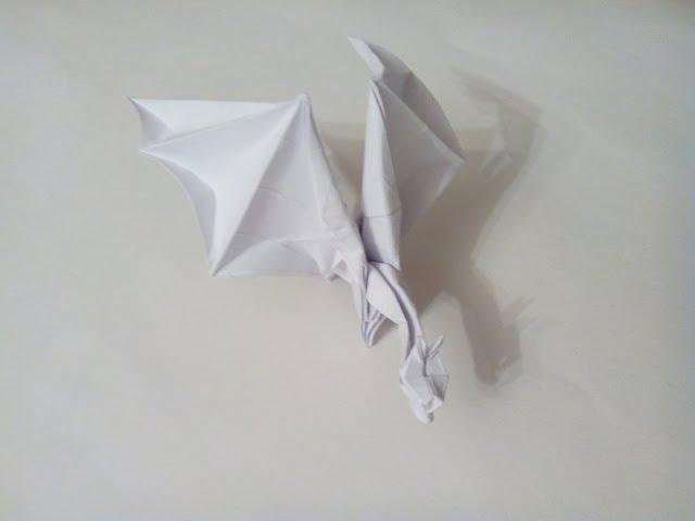 Оригами дракон из бумаги -