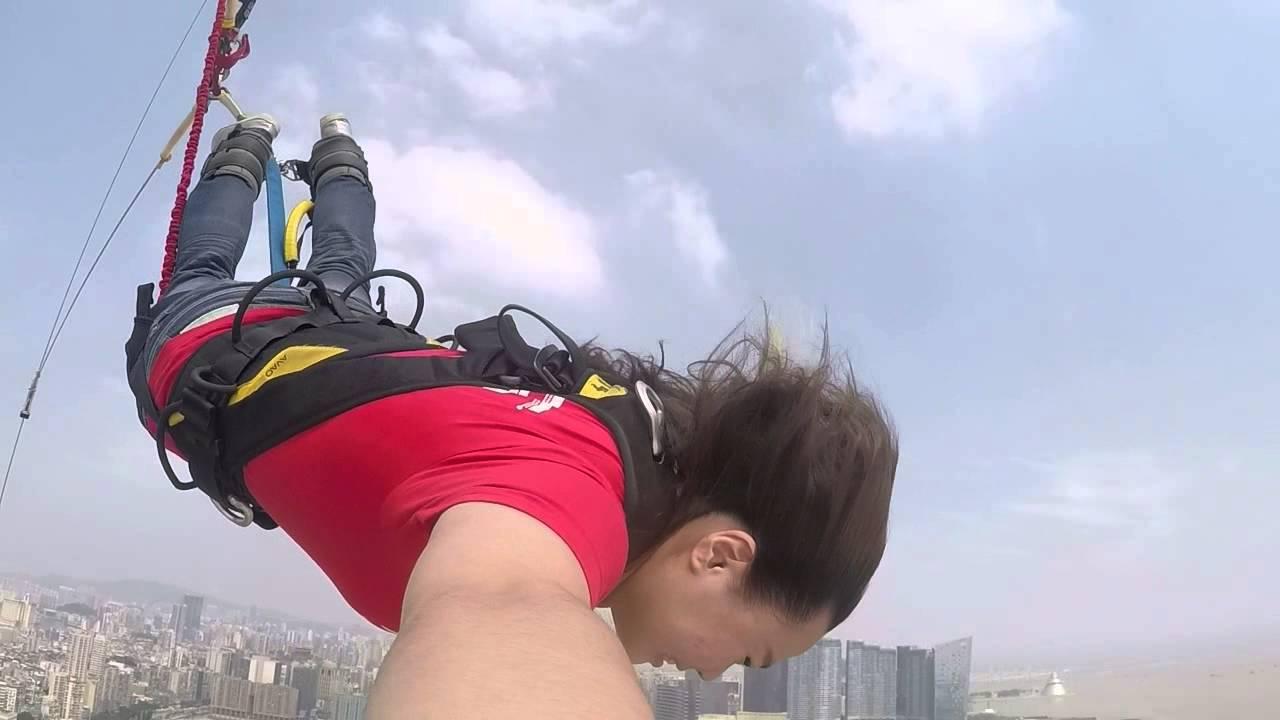 澳門塔笨豬跳 BUNGEE JUMPING 自拍版 - YouTube