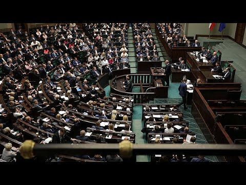 Thumbnail: Poland's lower house passes controversial judiciary reform bill