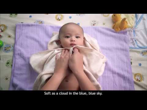 JOHNSON'S® | How to Give Your Newborn a Bath