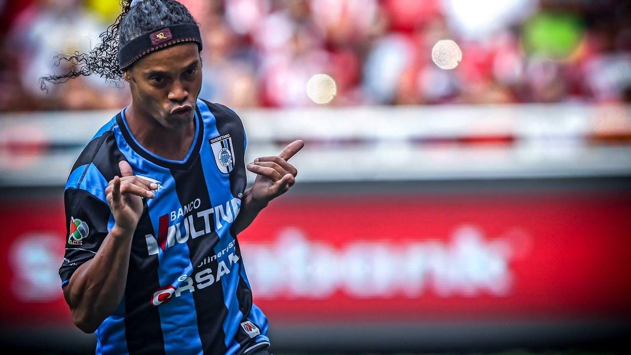 Ronaldhino EL FÚTBOL DESPIDE A UNA LEYENDA