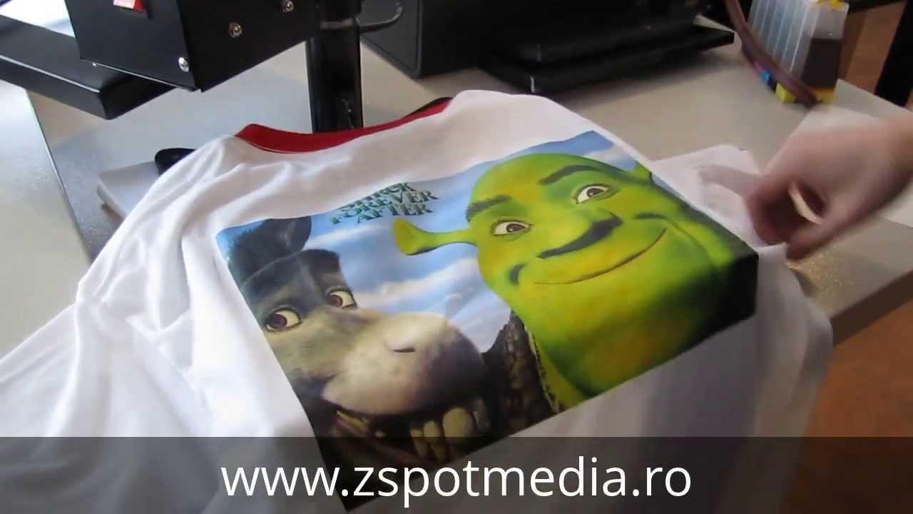 Program de personalizat tricouri