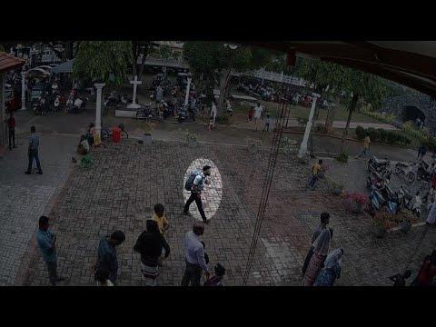 Attentats au Sri Lanka : des images de surveillance montrent un suspect | AFP News
