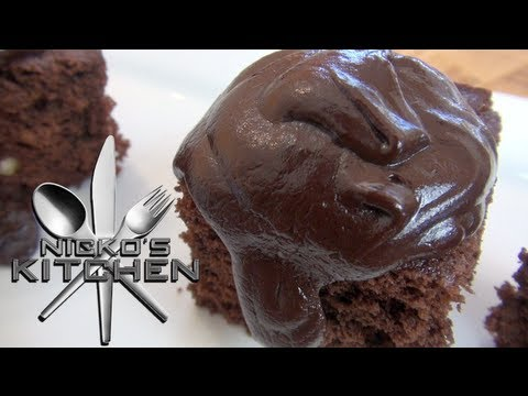 CHOCOLATE CAKE (10 minute recipe)