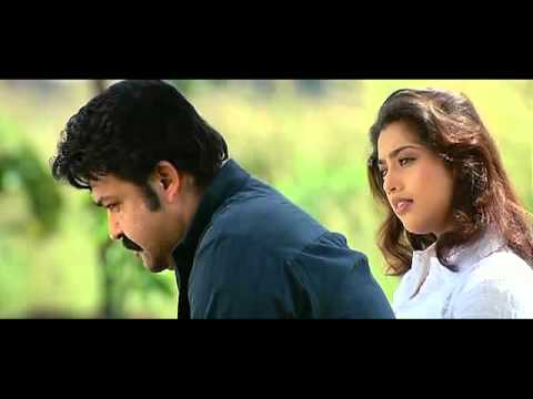 Parayathe Ariyathe song from the Malayalam movie Udayananu Tharam sung by Jayasree and Anantha
