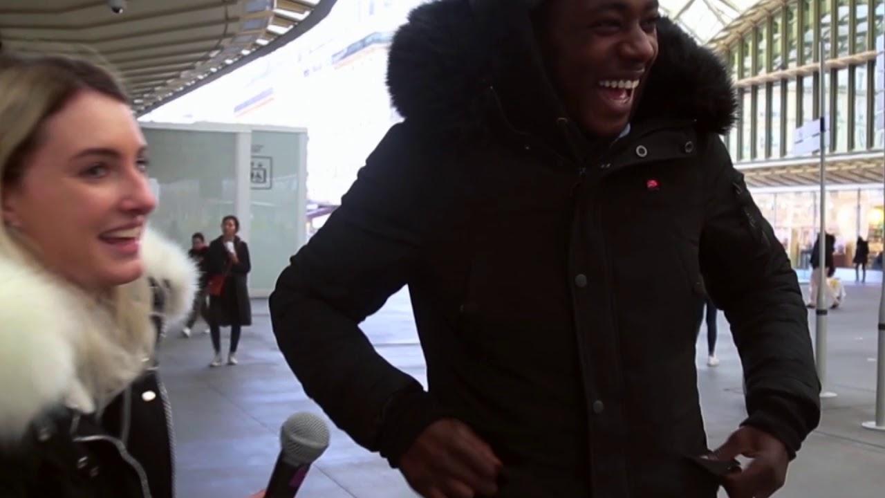 On test la PARKA CHAUFFANTE sur des inconnus dans Paris