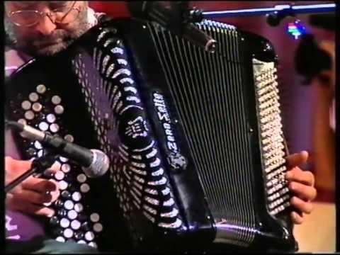 Oskorri 'Ostatuko Neskatxen Koplak' (1995-01-09) (3'50)
