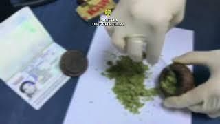 Marijuana găsită în rucsacul unui columbian la Aeroportul Cluj Napoca