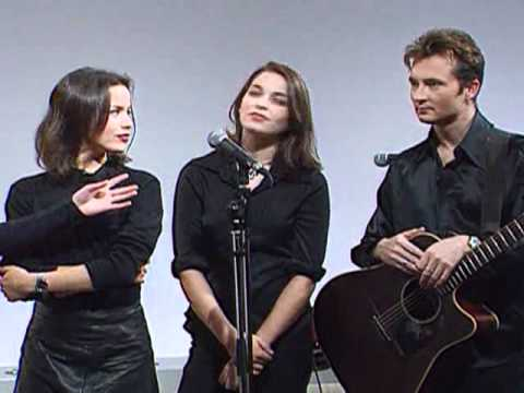 the Corrs - Interview (ITN Tonight - 1995)