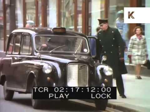 Harrods Doorman Helps Couple into Taxi, London 1970s, UK Wealthy Lifestyles