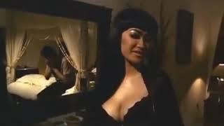 Download Video Adegan panas Julia Perez bikin degdegan MP3 3GP MP4
