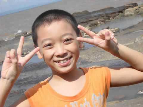 Vietnamese boy   singing