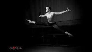 Klassiek Ballet met Leen Schoenmakers! Barre 1: Demi pliés in 1e & 2e positie.