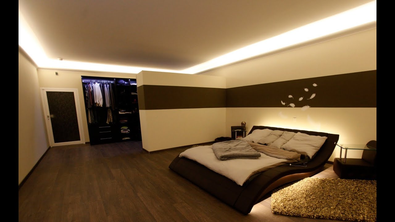 indirekte led beleuchtung mit stuckleisten lichtvouten lichtprofilen und led spots youtube. Black Bedroom Furniture Sets. Home Design Ideas