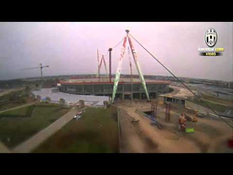 Juventus Stadium time lapse, 80 secondi per costruire un sogno - 80 seconds to construct a dream
