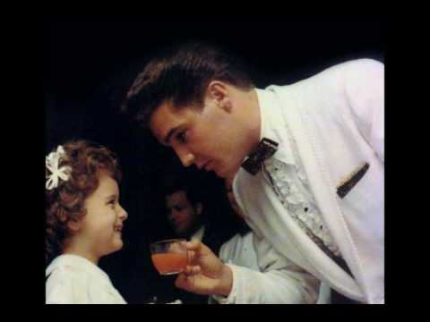 """ELVIS : The King - """"Cry Like memphis"""""""