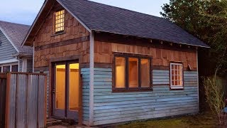 the Rustic Modern, a 350 sq.ft. tiny house in Portland
